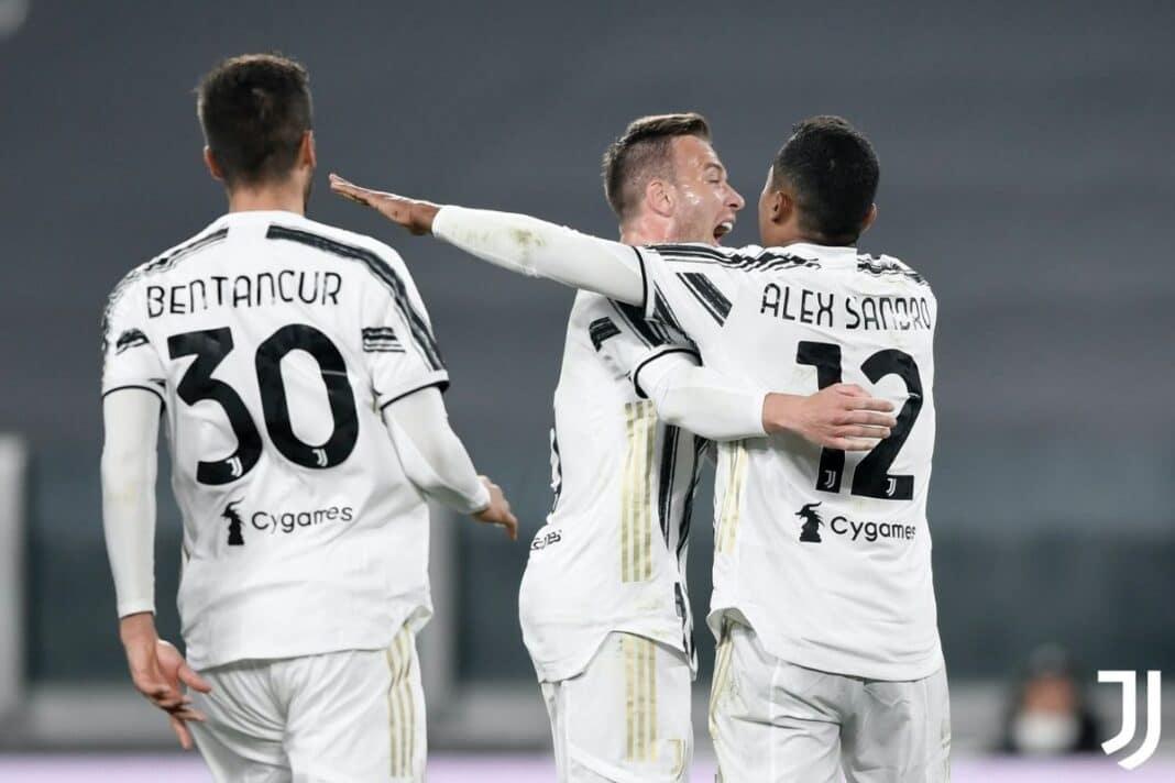 Alex Sandro Bologna Juventus