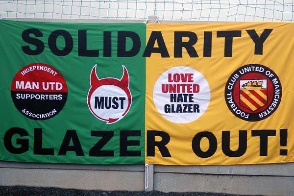Fc United proteste tifosi