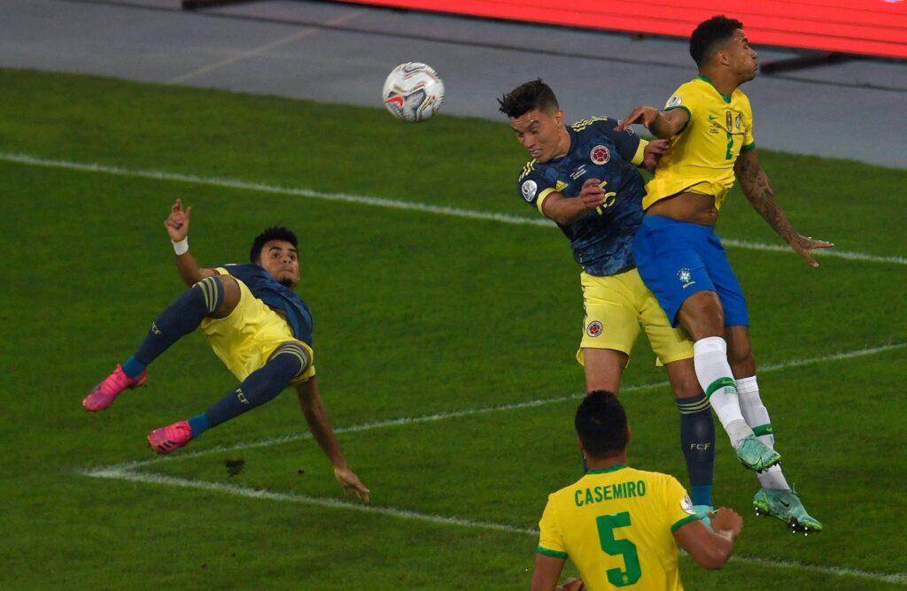 Luis Diaz vs Brasile